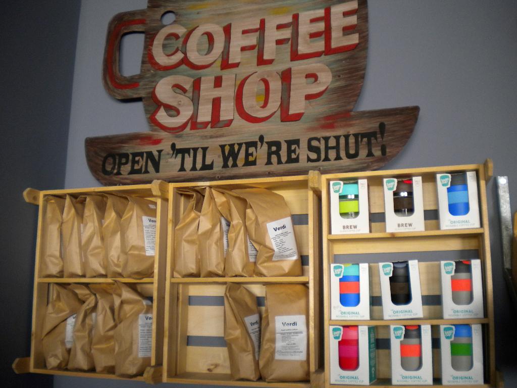 """Καφετέρια """"Μήνυμα"""""""